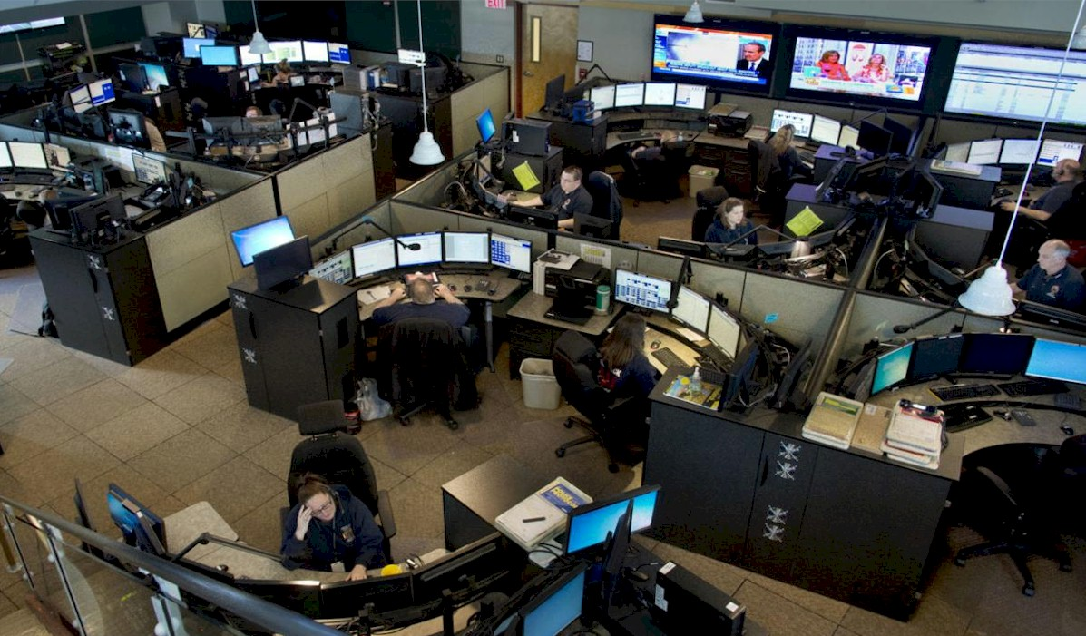 Raised Floor System Applications - 911 Call Center